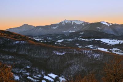 Il Monte Lesima dal Monte Alpe