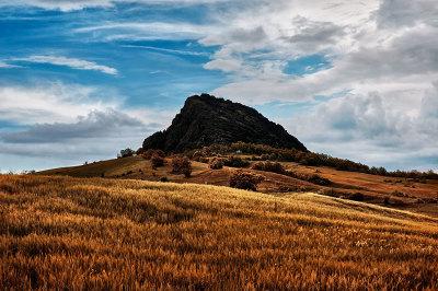 La Pietra Parcellara - Il Cervino della Val Trebbia
