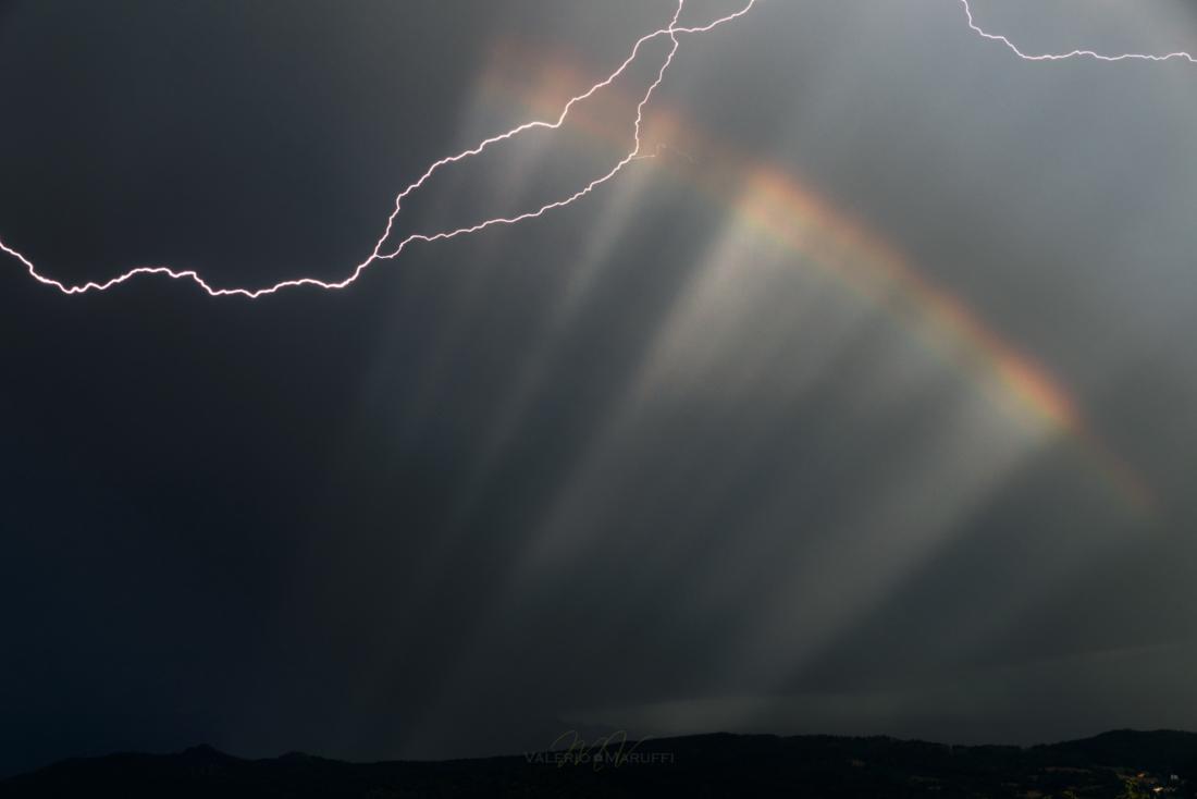 Il fulmine e l'arcobaleno